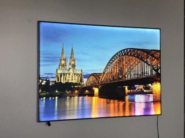 "Textiloberfläche für LED-Leuchtrahmen ""Lightframe"" 4-farbig bedruckt 100 x 140 cm"